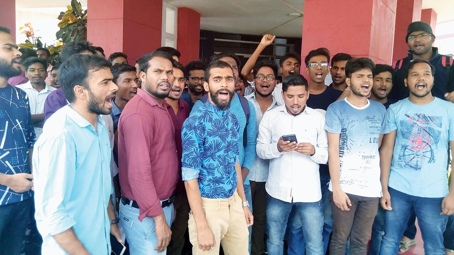 Where are the jobs? Angry students ask Jharkhand minister