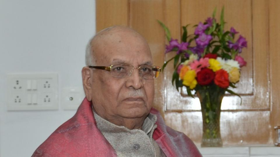 BPSC chairman meets Bihar Governor over question paper row