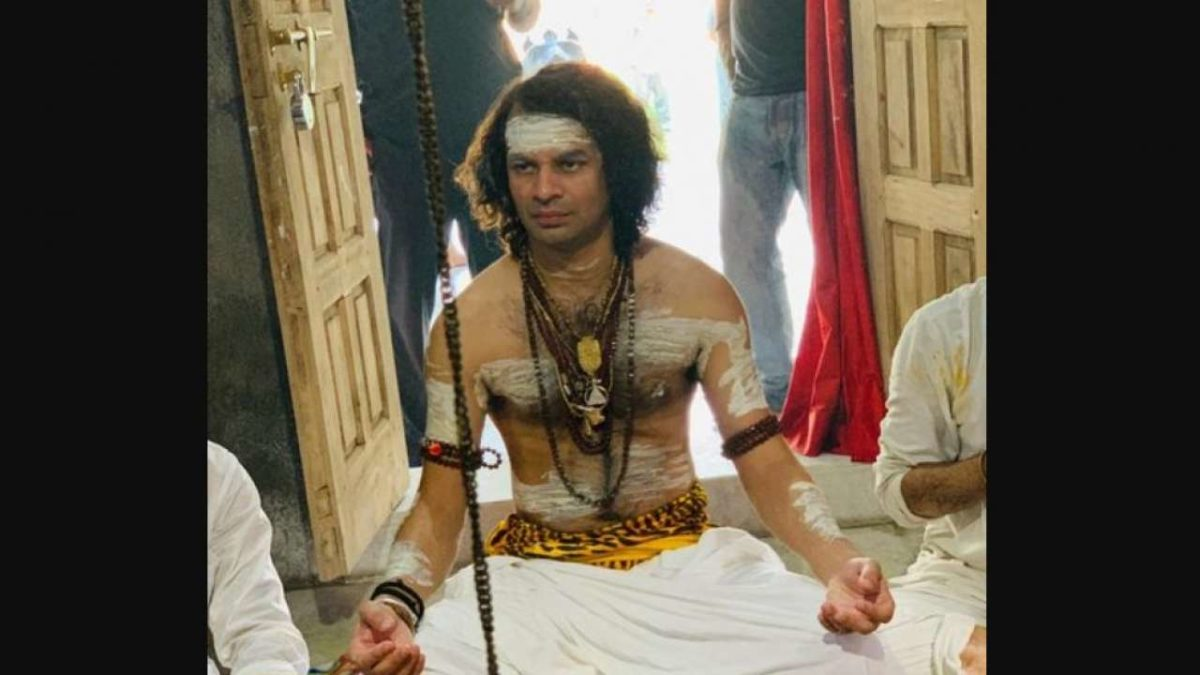 Patna: Tej Pratap Yadav dresses up as Lord Shiva; offers prayers at temple