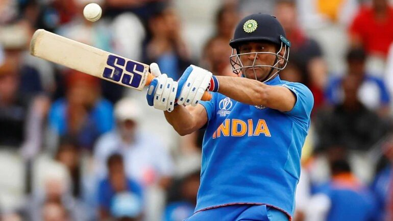 MS Dhoni middled almost every ball: Jharkhand coach pleasantly surprised.