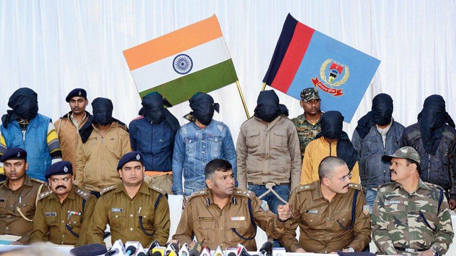 Police nab 11 men of dreaded Srivastava gang.